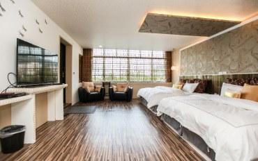 宜兰酒店公寓住宿:金色璀璨家庭套房