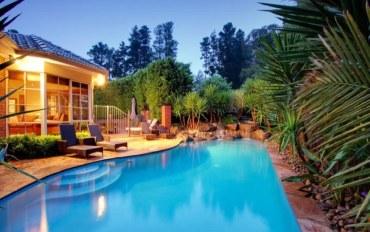 墨尔本酒店公寓住宿:维多利亚式优质花园别墅