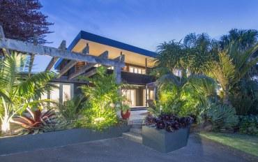 新西兰酒店公寓住宿:看海观花墅