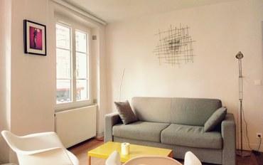 巴黎酒店公寓住宿:巴黎中心地铁旁近香榭丽舍大街凯旋门