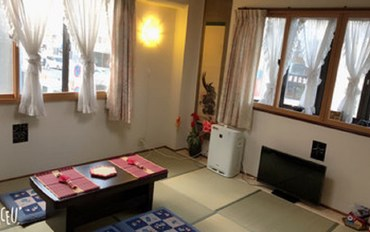 京都酒店公寓住宿:京都世界遗产景点巴士站一分钟孩子免费