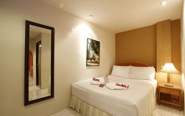 普吉岛酒店公寓住宿:Summer Breeze Hotel标