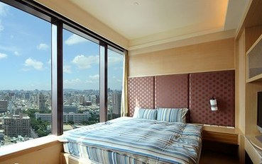 高雄酒店公寓住宿:85大楼绵羊海街景-河岸星空大床房