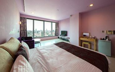 高雄酒店公寓住宿:85异国假期街景2人Wii大床房