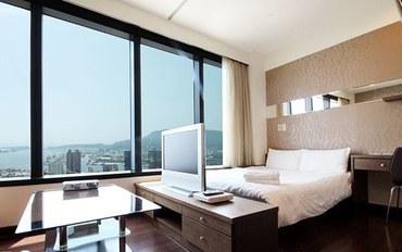 高雄酒店公寓住宿:85大楼绵羊海海景-金莎爱琴海大床房