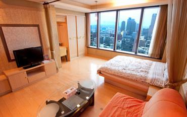 高雄酒店公寓住宿:85大楼绵羊海街景-布拉格之星大床房