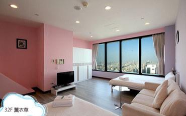 高雄酒店公寓住宿:85大楼绵羊海街景-薰衣草四人房