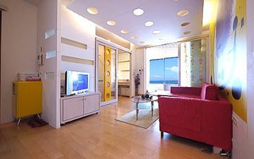 高雄酒店公寓住宿:85大楼绵羊海海景-水岸城堡四人房