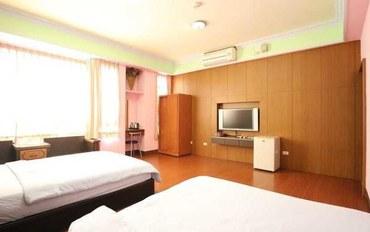 台东酒店公寓住宿:台东东美民宿标准三人房