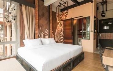 芭提雅酒店公寓住宿:中天海滩浪翠园酒店尊贵豪华市景房