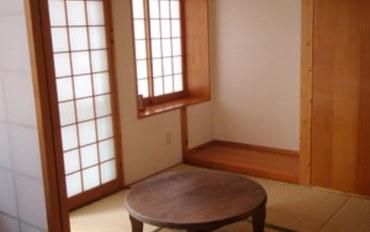 冲绳酒店公寓住宿:天空冲绳酒店和室