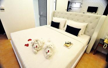 普吉岛酒店公寓住宿:普吉岛眨眼40酒店豪华大床房