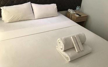 宿务酒店公寓住宿:国会中心酒店及套房豪华大床房