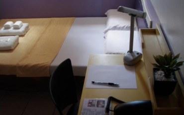 宿务酒店公寓住宿:红掌宾馆风扇大床房