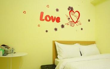 台中酒店公寓住宿:台中莉莉之家标准二人大床房