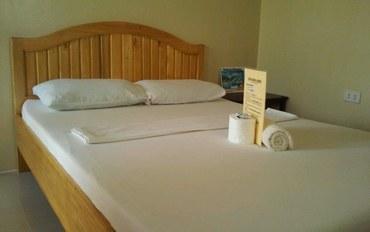 薄荷岛酒店公寓住宿:约翰维荷民宿风扇标准大床房