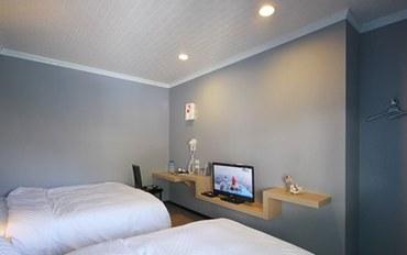 台东酒店公寓住宿:绿岛丝达尔民宿三人房三人房