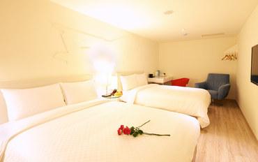 台中酒店公寓住宿:薇米精品商旅标准家庭房