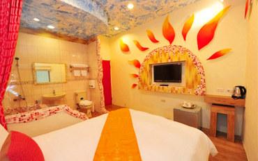 屏东(垦丁)酒店公寓住宿:垦丁阳光&海民宿太阳大床房