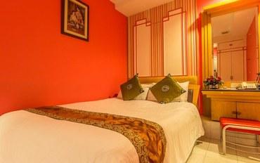 曼谷酒店公寓住宿:Sam旅店高级大床房