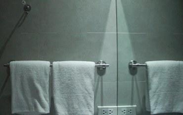 马尼拉酒店公寓住宿:西马卡蒂酒店经济大床房