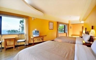 南投酒店公寓住宿:玛格丽特花园山庄豪华景观四人房