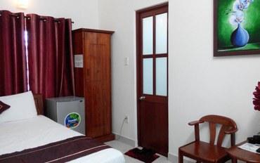 岘港酒店公寓住宿:卢萨宾馆标准大床房