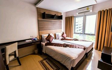 曼谷酒店公寓住宿:曼谷撒拉希尼全套房酒店至尊套房