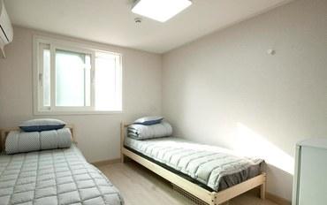 首尔酒店公寓住宿:双兔住宿加早餐旅馆双床间 - 带私人浴室