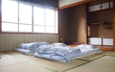 冲绳酒店公寓住宿:羊屋胡屋支店和室
