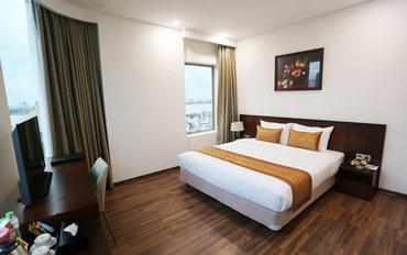 岘港酒店公寓住宿:米缇萨酒店豪华江景大床房