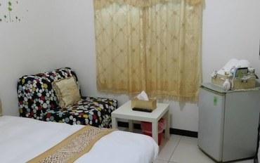台中酒店公寓住宿:台中lisa小屋黄色双人大床房