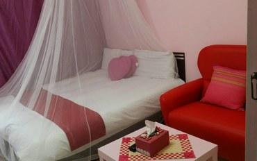 台中酒店公寓住宿:台中lisa小屋红色二人大床房