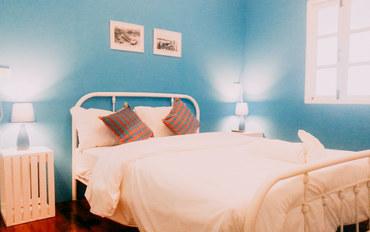普吉岛酒店公寓住宿:艾普吉岛旅馆和咖啡厅精品睡眠大床房