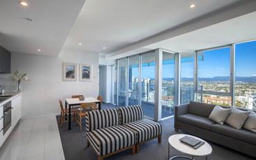 黄金海岸酒店公寓住宿:冲浪者天堂五星级豪华酒店式公寓高层1卧室