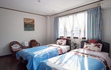 京都酒店公寓住宿:京都东寺久保家特价巴士站一分钟