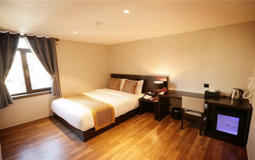 济州岛酒店公寓住宿:橘子酒店标准大床房