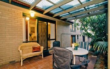 墨尔本酒店公寓住宿:澳天客栈标准大床房 共用浴室