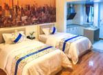 重庆江北区重庆斯维登首创鸿恩中心高级双床房                         (共4套)